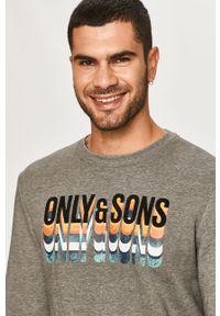 Szara bluza nierozpinana Only & Sons z nadrukiem, z okrągłym kołnierzem