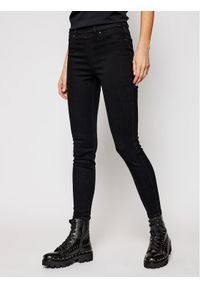 Czarne jeansy slim Spanx