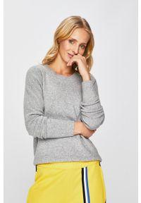 Vero Moda - Sweter. Okazja: na co dzień. Kolor: szary. Materiał: dzianina. Długość rękawa: raglanowy rękaw. Styl: casual