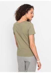 T-shirt z nadrukiem bonprix oliwkowy z nadrukiem. Kolor: zielony. Wzór: nadruk. Styl: klasyczny