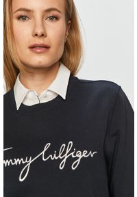 Niebieska bluza TOMMY HILFIGER z aplikacjami, na co dzień, casualowa, bez kaptura