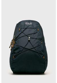 Niebieski plecak Jack Wolfskin z aplikacjami