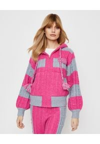 LOVE SHACK FANCY - Różowy sweter Tirzah. Okazja: na co dzień. Kolor: szary. Materiał: wełna. Wzór: aplikacja, kolorowy, napisy. Sezon: wiosna. Styl: klasyczny, casual