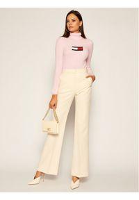 Różowy golf Tommy Jeans z golfem