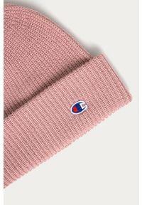 Różowa czapka Champion