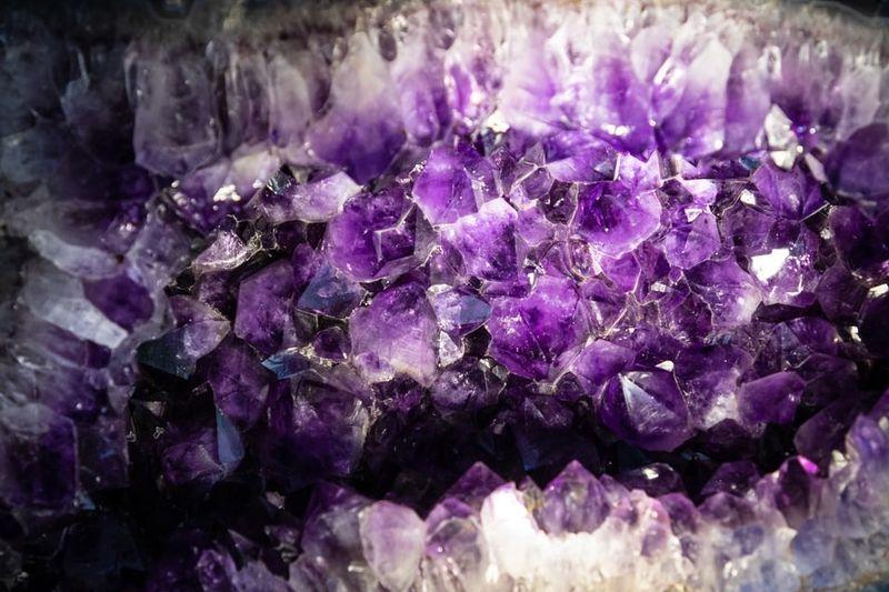Biżuteria z kamieni naturalnych na prezent