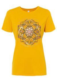 T-shirt z nadrukiem bonprix żółty szafranowy. Kolor: żółty. Wzór: nadruk