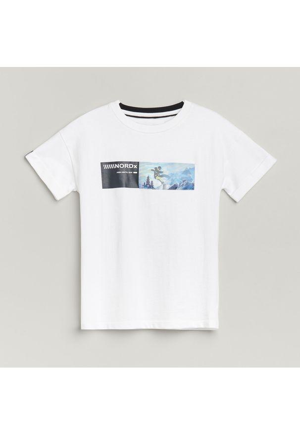 T-shirt Reserved z aplikacjami