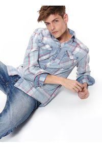Niebieska koszula TOP SECRET elegancka, z krótkim rękawem, na co dzień