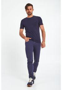 Trussardi Jeans - T-SHIRT TRUSSARDI. Wzór: haft. Styl: klasyczny