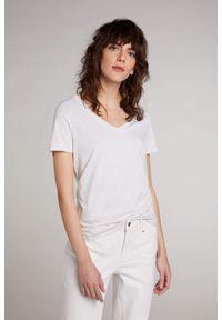 Beżowy t-shirt krótki, z krótkim rękawem