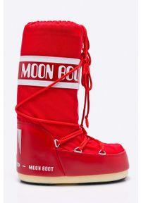 Czerwone śniegowce Moon Boot na sznurówki, z okrągłym noskiem
