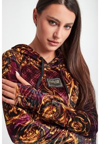 Versace Jeans Couture - SUKIENKA VERSACE JEANS COUTURE. Materiał: welur. Wzór: kratka. Typ sukienki: dopasowane. Długość: midi