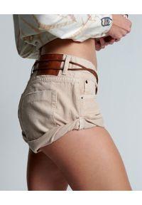 ONETEASPOON - Beżowe szorty Bandits Nashville. Stan: obniżony. Kolor: beżowy. Materiał: tkanina. Wzór: aplikacja. Styl: klasyczny