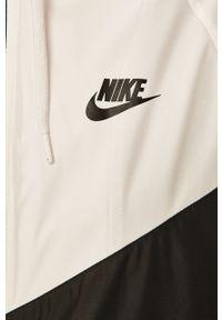 Biała kurtka Nike Sportswear na co dzień, z kapturem