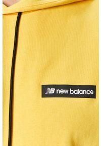 Żółta bluza nierozpinana New Balance na co dzień, casualowa, z kapturem, z nadrukiem