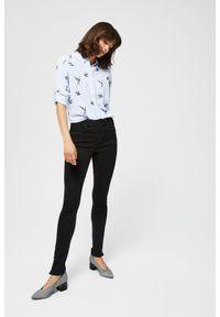 Czarne jeansy MOODO z podwyższonym stanem