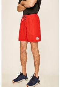 Czerwone szorty Hummel sportowe, na co dzień