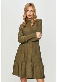 Zielona sukienka Haily's casualowa, prosta, na co dzień