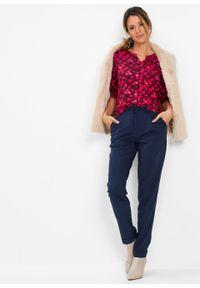 Shirt z przyjaznej dla środowiska wiskozy bonprix czerwień granatu - czerwony sygnałowy. Kolor: brązowy. Materiał: wiskoza. Wzór: nadruk. Styl: elegancki