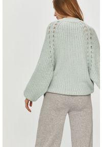 Miętowy sweter Answear Lab wakacyjny, długi, z długim rękawem