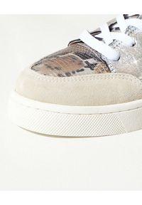 Mou - MOU - Skórzane sneakersy z motywem zwierzęcym. Kolor: brązowy. Materiał: skóra. Wzór: motyw zwierzęcy