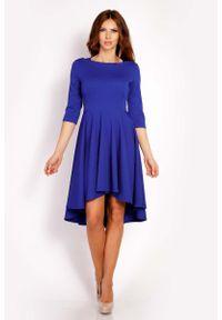 Niebieska sukienka asymetryczna Lou-Lou z asymetrycznym kołnierzem