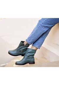 Zielone botki Zapato na klamry, wąskie