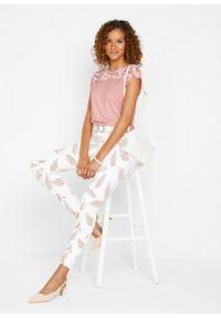 """Shirt z efektem """"used look"""" LENZING™ ECOVERO™ bonprix stary jasnoróżowy """"used"""". Kolor: różowy. Wzór: aplikacja. Styl: retro"""