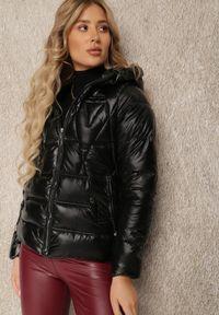 Renee - Czarna Kurtka Kydia. Kolor: czarny. Wzór: aplikacja