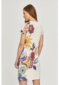 Biała sukienka Desigual prosta, casualowa