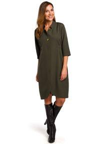 Style - Elegancka sukienka o żakietowym kroju. Typ kołnierza: kołnierzyk stójkowy. Materiał: materiał, elastan. Styl: elegancki. Długość: mini