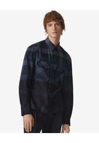 Kenzo - KENZO - Granatowa koszula w kratę. Typ kołnierza: kołnierzyk klasyczny. Kolor: czarny. Materiał: bawełna. Długość: długie. Wzór: aplikacja. Styl: sportowy, klasyczny