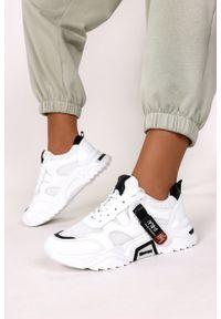 Casu - Białe buty sportowe sneakersy sznurowane casu 20f5/b. Kolor: wielokolorowy, biały, czarny. Materiał: skóra ekologiczna, materiał. Szerokość cholewki: normalna. Sezon: wiosna