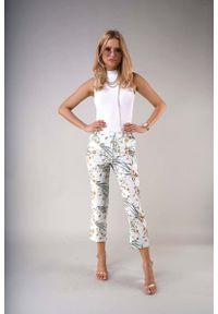 Nommo - Materiałowe Spodnie 7/8 z Prostymi Nogawkami - Wzorzyste. Materiał: materiał