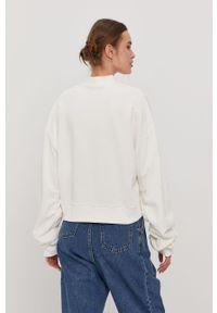 Biała bluza Reebok Classic z aplikacjami
