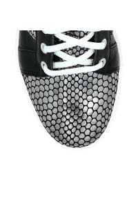 Czarne buty sportowe Arturo Vicci w kolorowe wzory, na co dzień, z cholewką