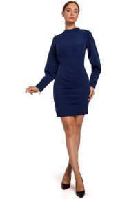Niebieska sukienka wizytowa MOE ołówkowa, ze stójką, mini