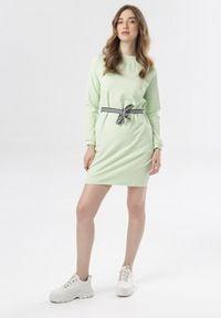 Born2be - Limonkowa Sukienka Larainey. Materiał: dzianina, materiał. Długość rękawa: długi rękaw. Wzór: prążki. Długość: mini