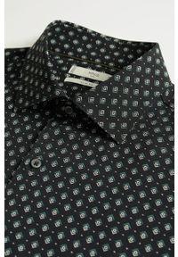 Czarna koszula Mango Man krótka, z klasycznym kołnierzykiem