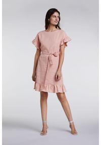 Różowa sukienka Oui z falbankami
