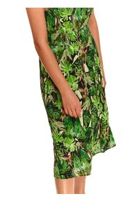 TOP SECRET - Sukienka w roślinny nadruk z gumką w pasie. Kolor: zielony. Materiał: materiał. Długość rękawa: na ramiączkach. Wzór: nadruk. Sezon: lato. Styl: wakacyjny