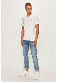 Biały t-shirt Lacoste z aplikacjami, casualowy, na co dzień