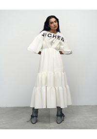 VICHER - Kremowa sukienka midi Josephine. Kolor: biały. Sezon: lato. Długość: midi
