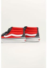 Czerwone trampki Vans z okrągłym noskiem, na rzepy, z cholewką