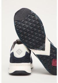 Niebieskie sneakersy GANT z okrągłym noskiem, na sznurówki, z cholewką