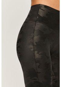 Spanx - Legginsy. Kolor: czarny. Materiał: dzianina