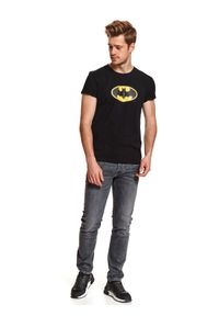 Czarny t-shirt TOP SECRET z motywem z bajki