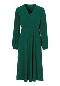 Zielona sukienka Cellbes z dekoltem w serek, elegancka, z długim rękawem, w kratkę