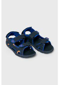 Niebieskie sandały Kappa na średnim obcasie, gładkie, na obcasie